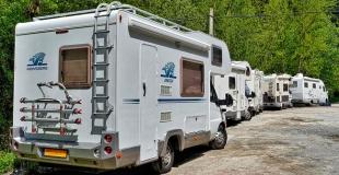 Louer un camping-car pour des vacances itinérantes et atypiques